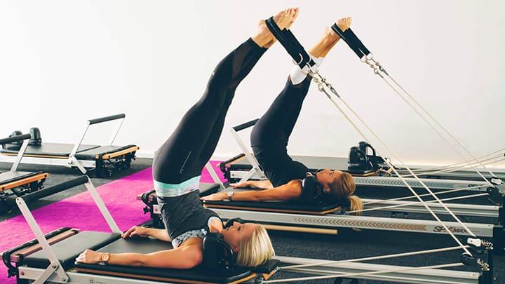 Pilates tập với máy