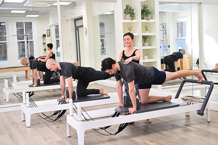 Pilates là một phương pháp luyện tập tổng hợp với nhiều động tác khác nhau