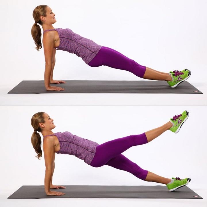 Lưu ý chống tay thẳng khi thực hiện plank ngược