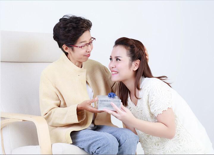 Thực phẩm chức năng là món quà ý nghĩa giúp chăm sóc sức khỏe cho mẹ