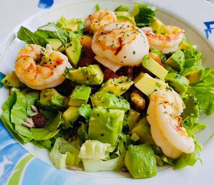 Salad tôm bơ là món ăn hấp dẫn, hỗ trợ giảm cân hiệu quả