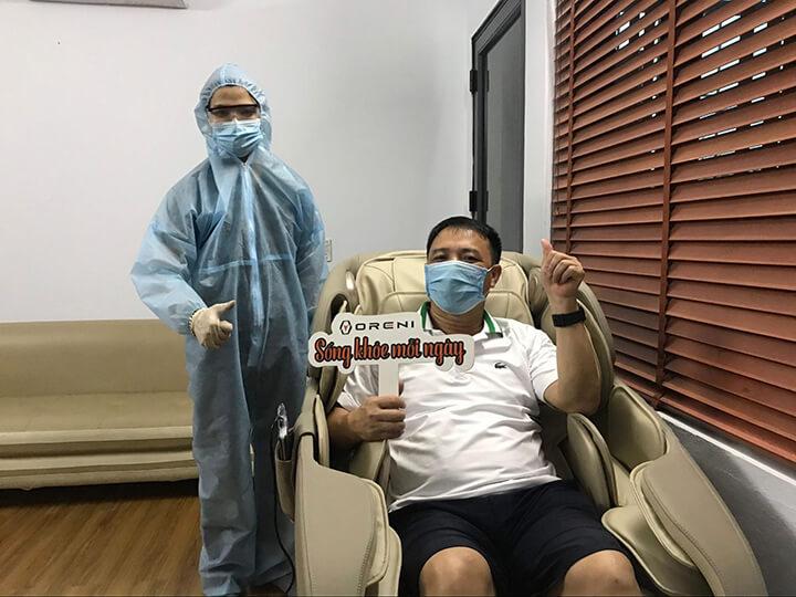 Các biểu hiện đau mỏi thắt lưng của anh Văn Anh giảm rõ sau thời gian ngồi ghế massage OR-180