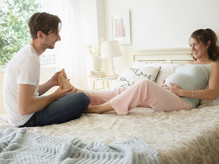 Massage chân giúp bà bầu thư giãn tốt nhất