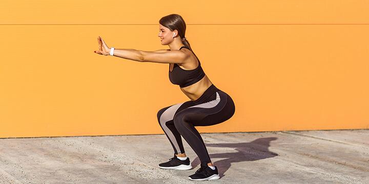 Squat là một cách để thư giãn tâm trí, hưng phấn tinh thần sau giờ làm việc
