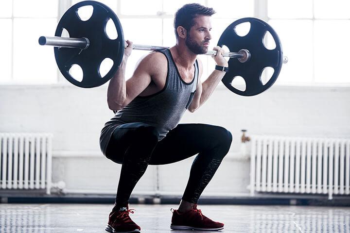 Tập Squat cần đảm bảo lượng dinh dưỡng nạp vào đầy đủ nhóm protein, tinh bột, vitamin...