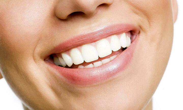 Sở hữu một hàm răng trắng sáng dễ dàng từ vỏ cam