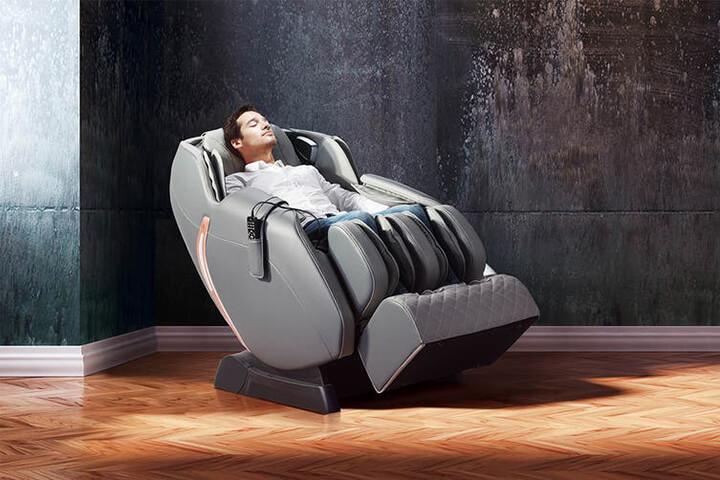 Người đang bị mắc các bệnh lý nghiêm trọng không nên dùng ghế massage