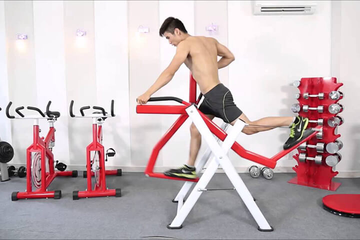 Tập luyện với máy chạy bộ trên không sẽ tác động đến tất cả nhóm cơ