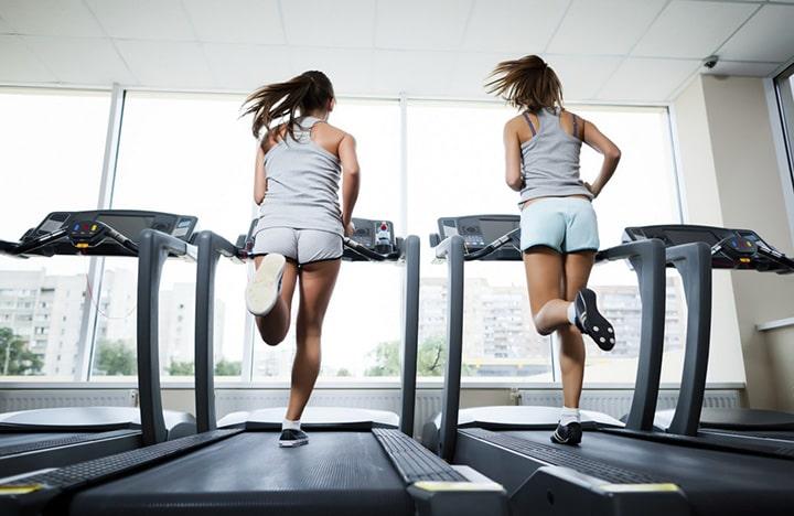 Tập chạy bền với máy chạy bộ cũng là một phương pháp tập luyện hiệu quả