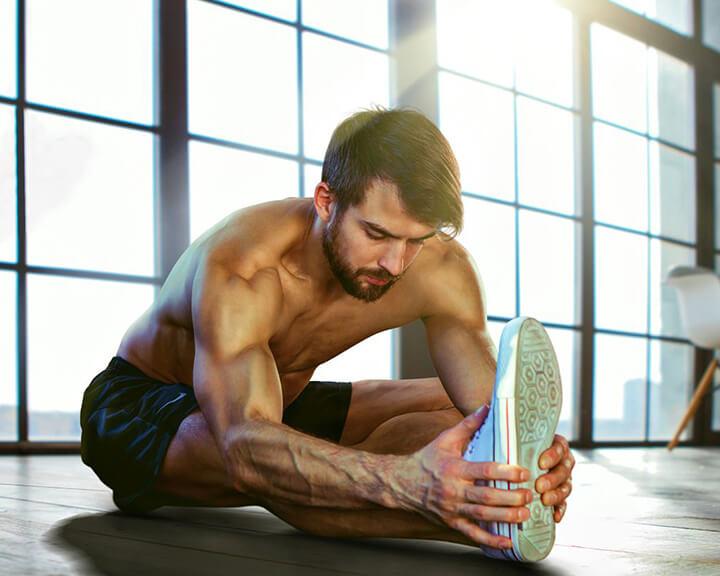 Khởi động kỹ trước khi tập Gym giúp giảm nguy cơ chấn thương khi tập luyện.