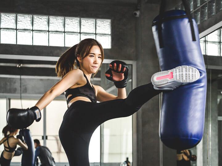 Tập Gym thường xuyên giúp bạn có body đẹp, săn chắc.
