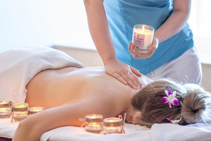 Massage sau khi tập Gym giúp giảm đau nhức cơ cực tốt.