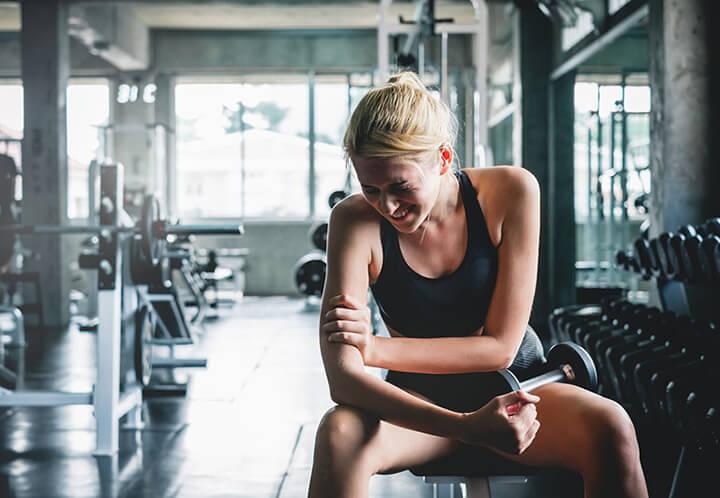 Tập luyện sai kỹ thuật cũng là nguyên nhân gây chấn thương khi tập Gym.