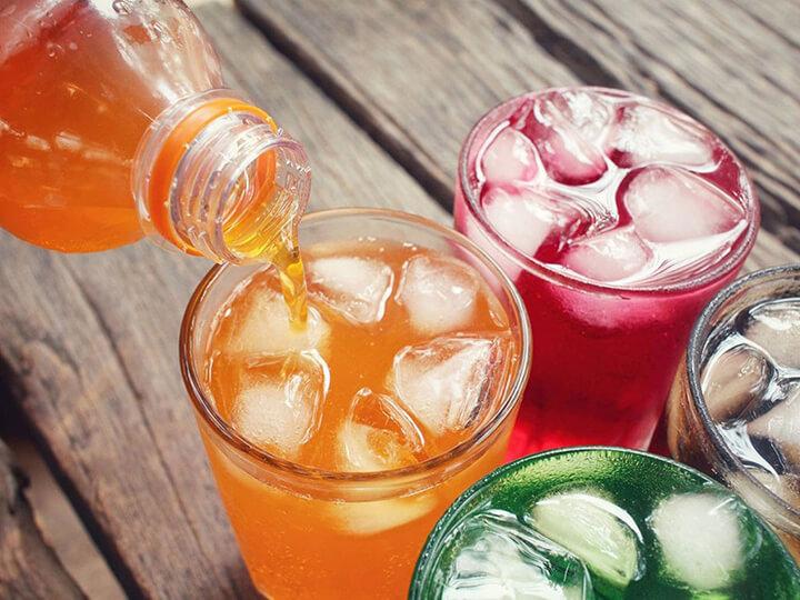 Đồ uống có đường dễ làm bạn tăng cân