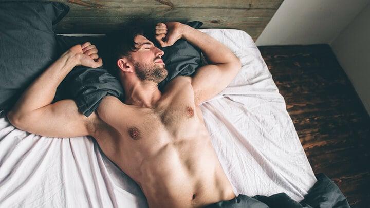 Giấc ngủ là khoảng thời gian cơ bắp được sửa chữa và phát triển nhờ hormone