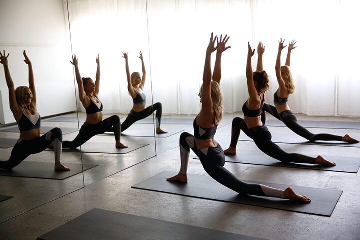 Yoga là một trong những bộ môn thể thao giúp giảm cân rất tốt