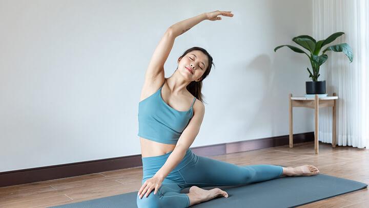 Da dẻ cũng trở nên căng mịn, hồng hào hơn với Yoga