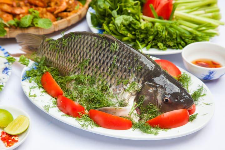 Cá được chế biến thành nhiều món khác nhau