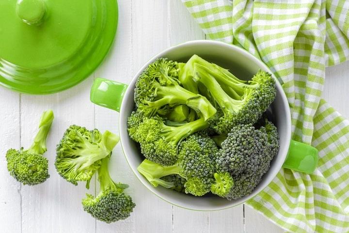 Bông cải xanh chứa nhiều chất xơ và khoáng chất có lợi