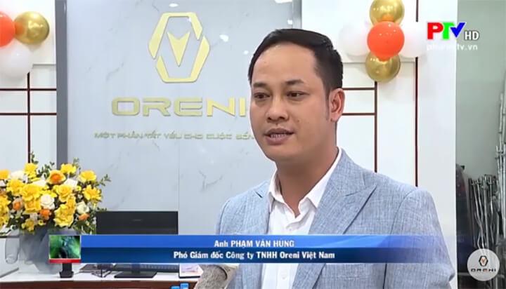 Trải nghiệm ghế massage Oreni là sự khác biệt về đẳng cấp so với các loại ghế massage khác trên thị trường là ý kiến chia sẻ của ông Phạm Văn Hùng