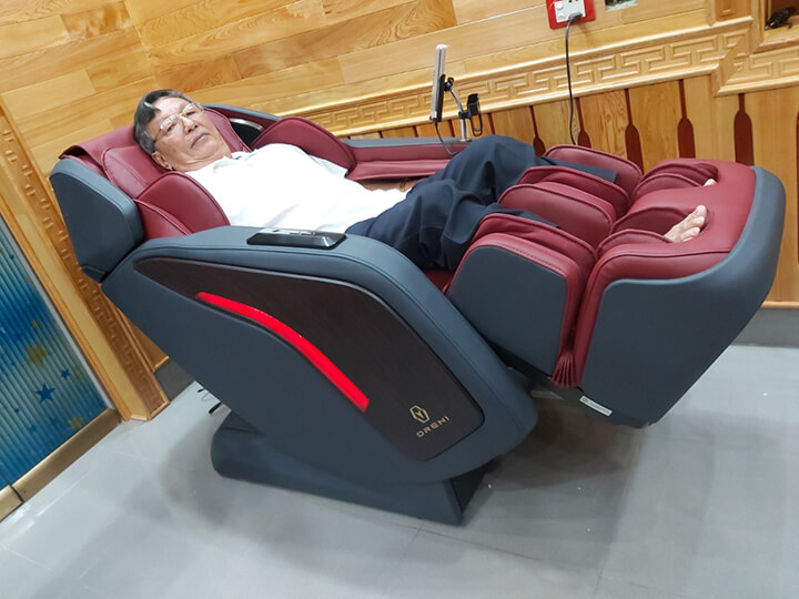 Ghế massage là sản phẩm chăm sóc sức khỏe cho mọi nhà vì sự tiện ích và tác dụng của nó