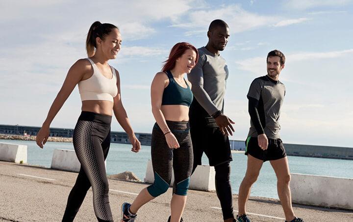 Tốc độ đi bộ trung bình của con người là bao nhiêu km/h?