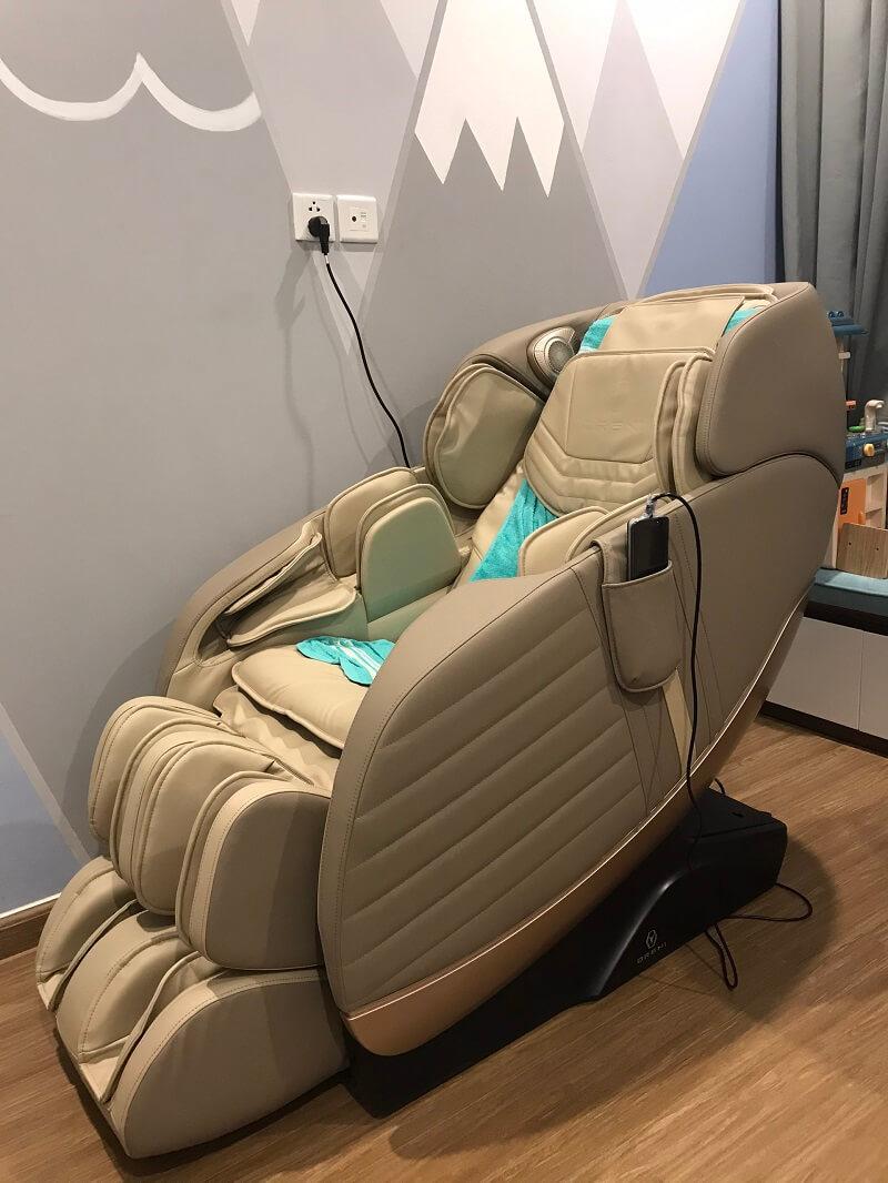 Ghế massage Oreni - Quà tặng ý nghĩa báo hiếu cho bố mẹ