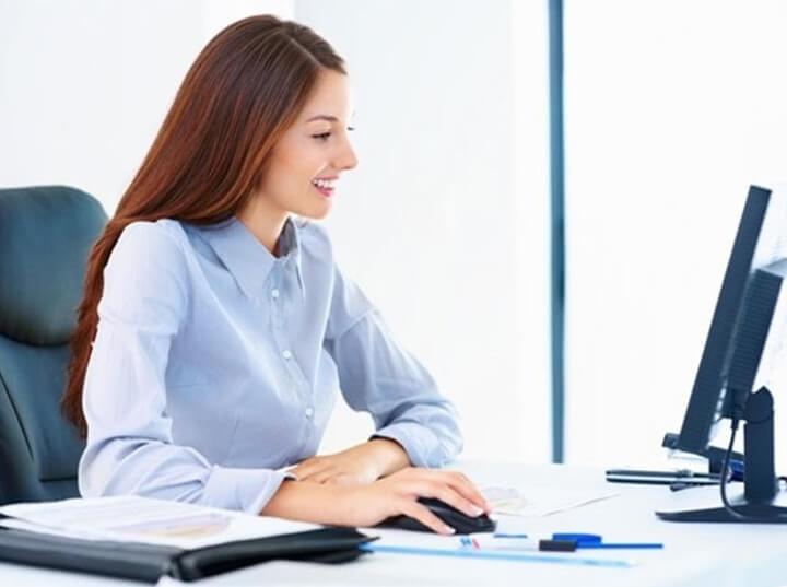 Khi ngồi làm việc tại văn phòng cần đảm bảo sự thoải mái nhất có thể