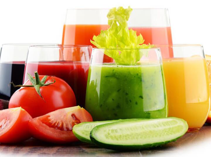 Kết hợp cà chua và dưa leo tạo nên nước uống giảm cân thần thánh