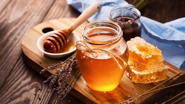 Mật ong là món quà quý mà thiên nhiên ban tặng cho con người