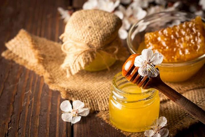 Uống mật ong buổi tối rất tốt cho hệ tiêu hóa, giúp giảm cân nhanh chóng