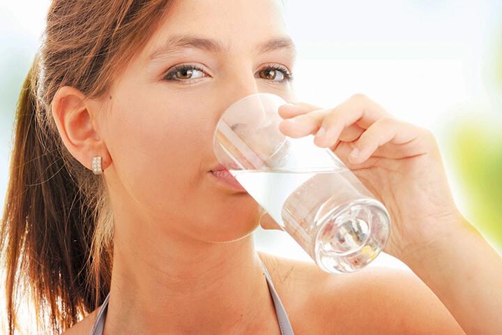 Uống nước buổi sáng cần kết hợp chế độ ăn và tập luyện hợp lý để giảm cân nhanh hơn