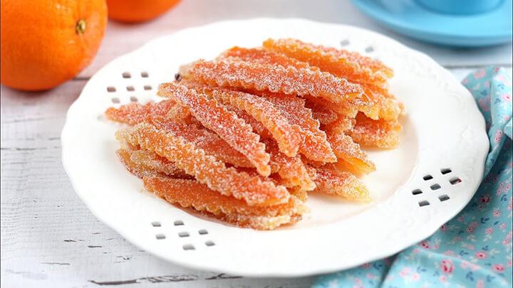 Mứt vỏ cam là món ăn hấp dẫn với nhiều người