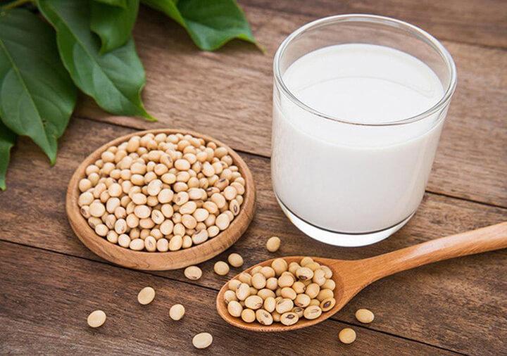 Uống sữa đậu nành cần kết hợp với chế độ sinh hoạt hợp lý để cho hiệu quả cao