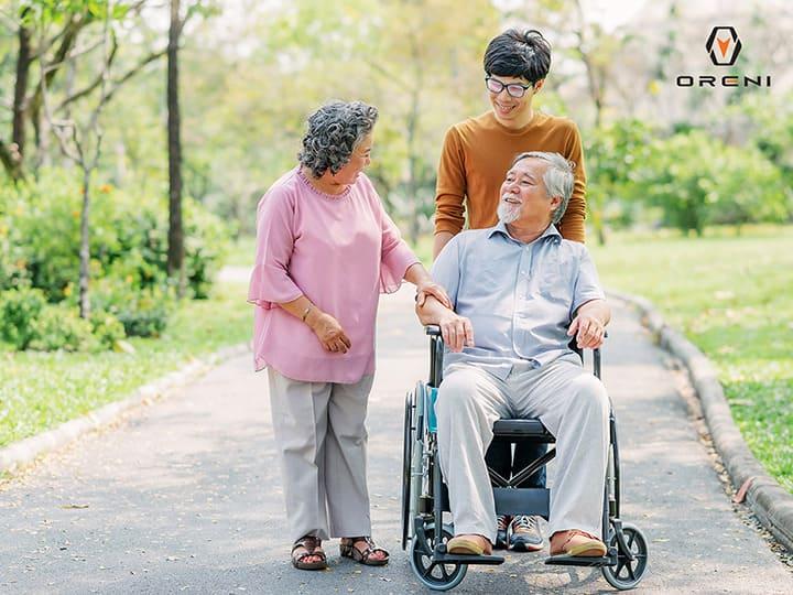 Người lớn tuổi thường gặp các vấn suy giảm chức năng giác quan