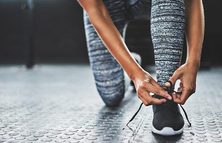 Tốc độ đi bộ trung bình ở người lớn là từ 5,32 km/h đến 5,43 km/h