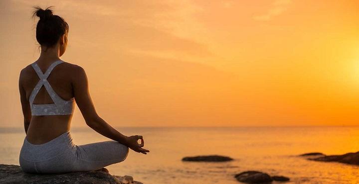 Vinyasa Yoga sử dụng hơi thở kết hợp với các động tác