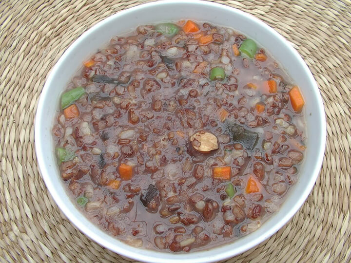 Cháo yến mạch gạo lứt là món ăn cho những ai muốn giảm béo an toàn