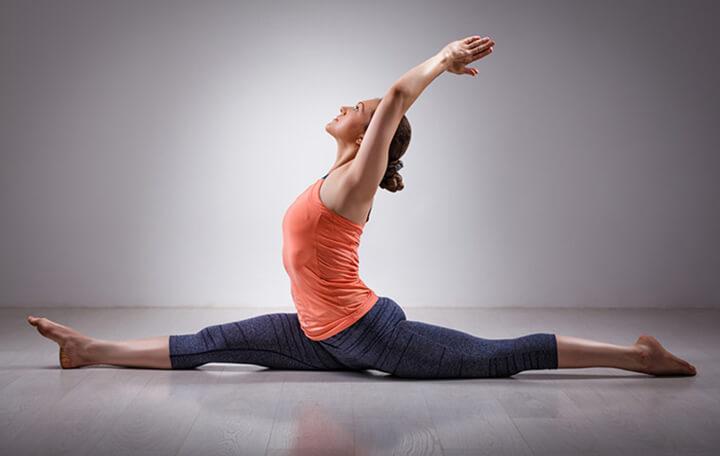 Tư thế Yoga giảm mỡ đùi Hanumanasana