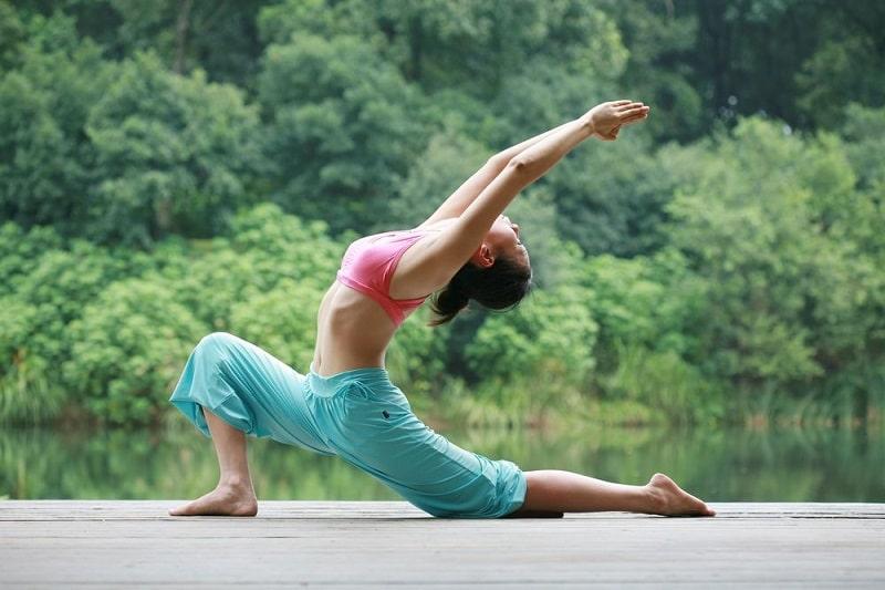 5 bài tập Yoga suối nguồn tươi trẻ giúp lão hóa ngược với thời gian
