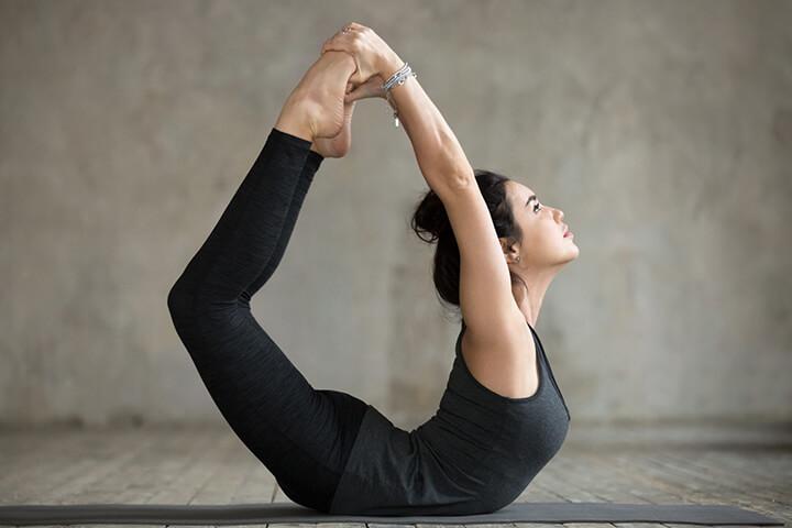 Tư thế cánh cung là bài tập Yoga nâng cao