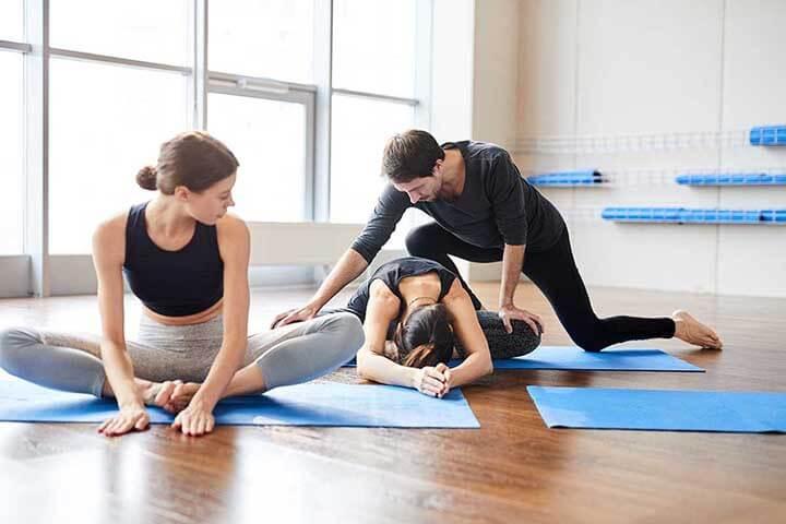 Các cơ trở nên khỏe khoắn, săn chắc hơn khi tập luyện Yoga Therapy thường xuyên