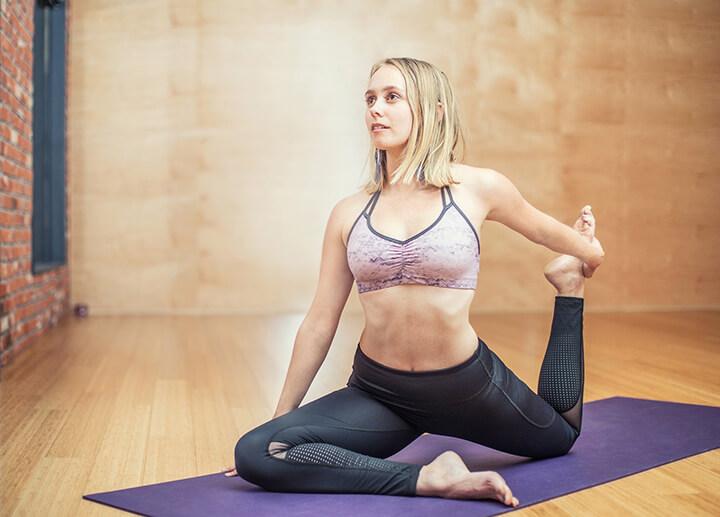 Yogi là người am hiểu và tập luyện các tư thế Yoga chuẩn xác.
