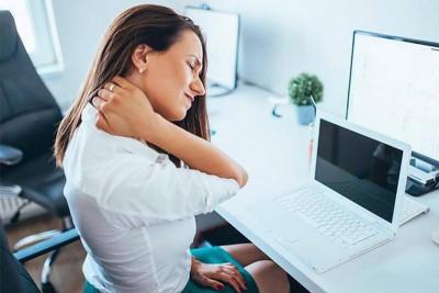 Bật mí 9 cách chữa đau vai gáy hiệu quả nhanh nhất tại nhà