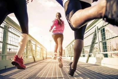 Chạy bộ có to chân không? 8 lưu ý chạy đúng cách bạn cần nhớ