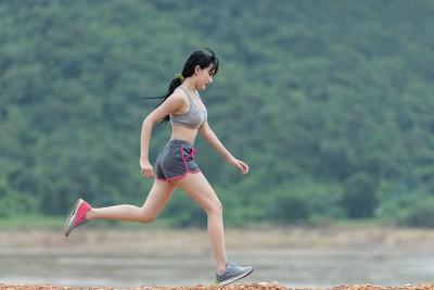 Chạy bộ giảm mỡ bụng không? 8 Cách chạy giảm mỡ nhanh nhất