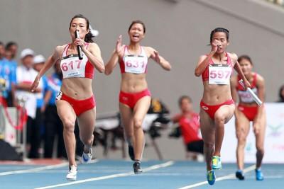 Chạy tiếp sức là gì? Kỹ thuật chạy tiếp sức 4x100m trong thi đấu