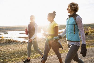Đi bộ bao lâu thì giảm cân, giảm mỡ bụng hiệu quả nhất?