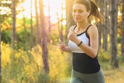 Cách đi bộ đúng cách hiệu quả tốt nhất cho sức khỏe (Chi tiết)