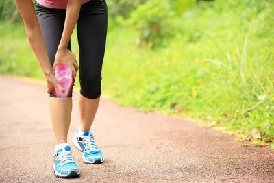 Thoái hóa khớp gối có nên đi bộ không? Chuyên gia giải đáp
